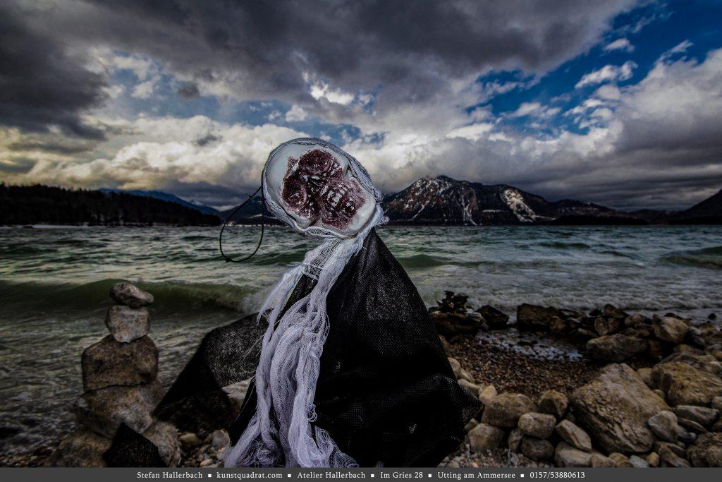 death / sea